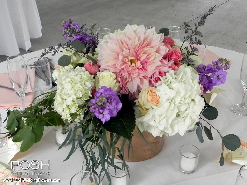 low centerpieces seattle wedding flowers by posh. Black Bedroom Furniture Sets. Home Design Ideas