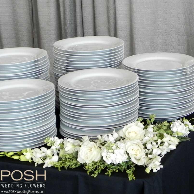 Buffet Decor Luxury Look For Less Seattle Wedding Flowers By Posh
