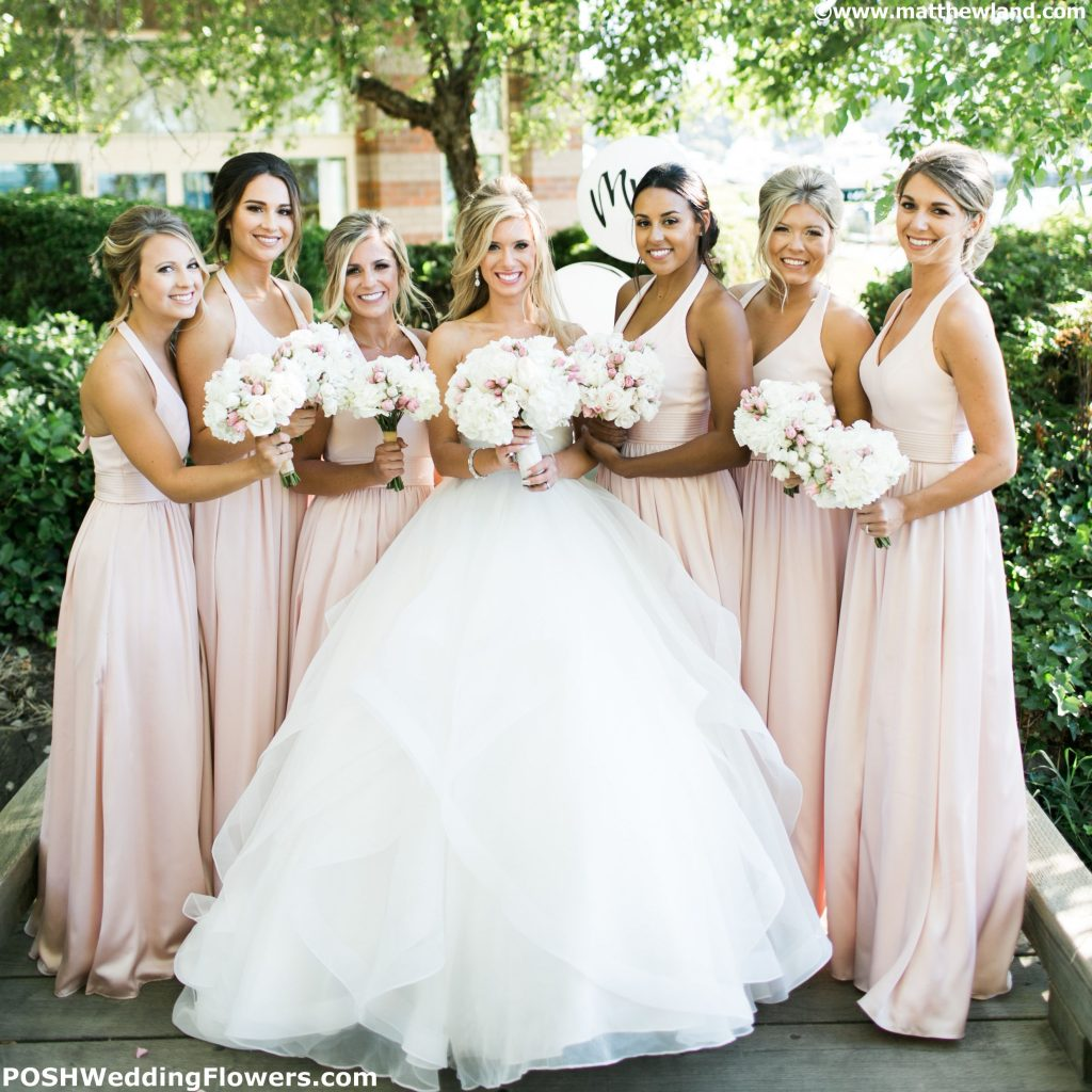 Beautiful Bride with her Bridesmaids
